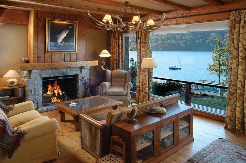 On the Lake 4 bedroom with Indoor BBQ (HV2) - Image 1 - San Carlos de Bariloche - rentals