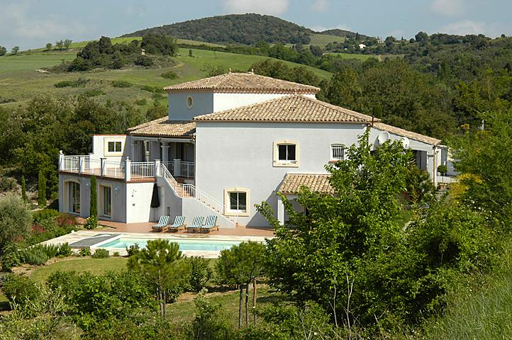 Side aspect of villa - Villa with heated pool near Carcassonne, Languedoc - Montclar - rentals