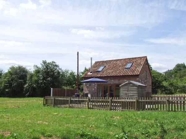 MALLARD, WiFi, woodburning stove Ref 904107 - Image 1 - Newnham-on-Severn - rentals