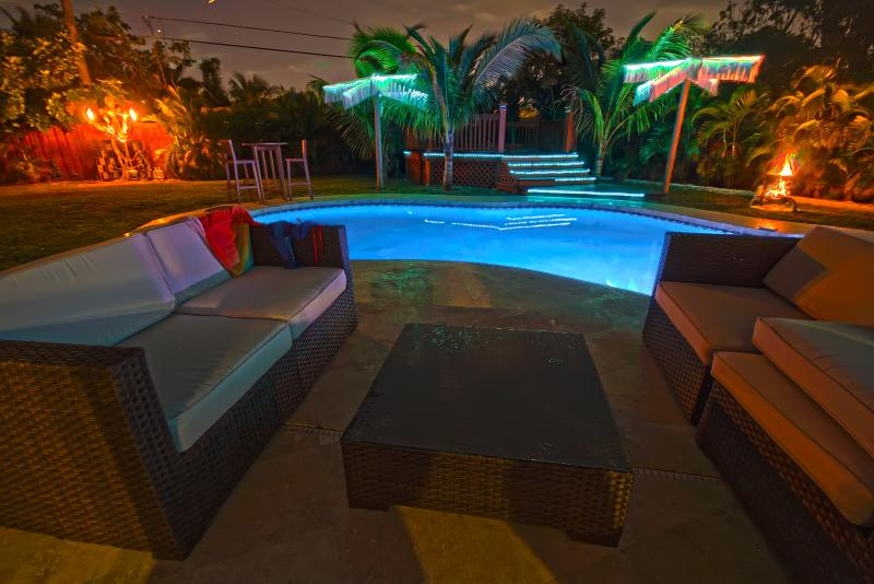 LED Light Tree Sculptures that change lights to the music - 5 bedroom, 5 bath luxury house Heated Pool/Hot tub - Hollywood - rentals