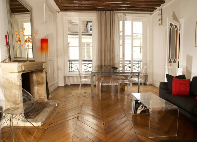 Authentic Saint Germain 2 bedroom apart., 5 sleeps - Image 1 - Paris - rentals