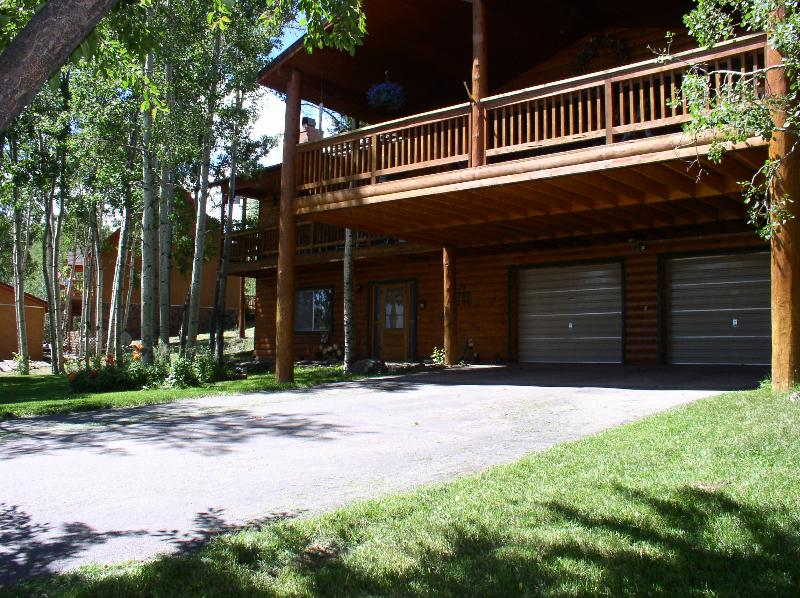 Large Covered Deck - Wildlife 18 Miles Wolf Creek - Image 1 - South Fork - rentals