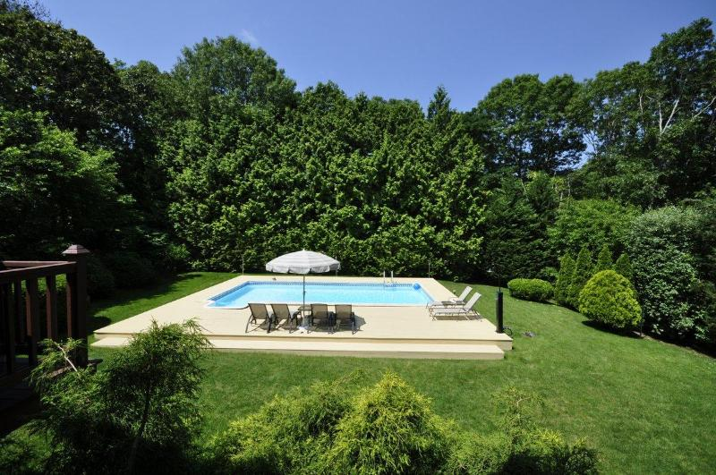 Hampton Bays,nice 4bdr,2baths,CAC,IG Pool,Billiard - Image 1 - Hampton Bays - rentals