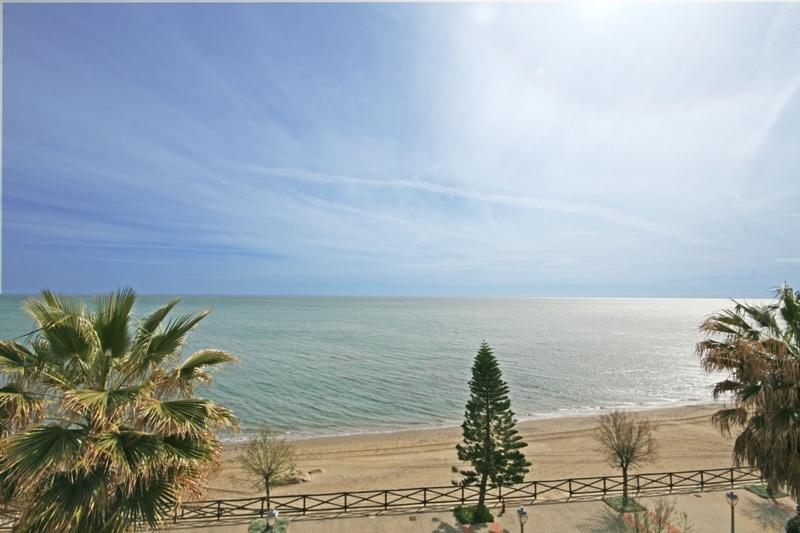 2 bed Penthouse, Arena Beach, Estepona - 1511 - Image 1 - Estepona - rentals