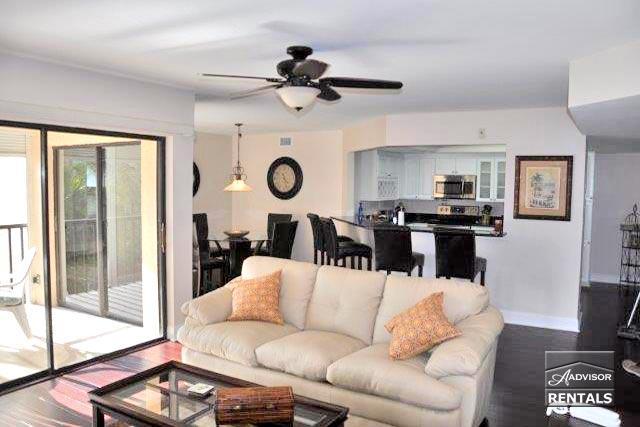 Affordable Naples luxury just 2 blocks from Vanderbilt Beach - Image 1 - Naples - rentals