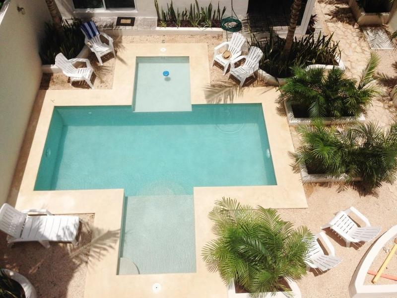 WOW a beautiful common area and pool with grill - The Palms Jungle Apartments 1 - Tulum - rentals