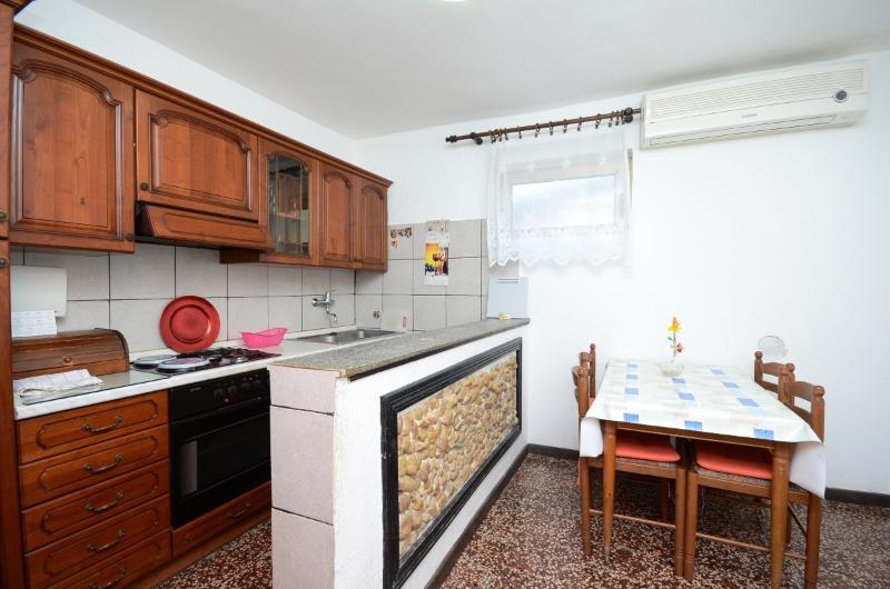 Apartments Željka - 65511-A1 - Image 1 - Palit - rentals