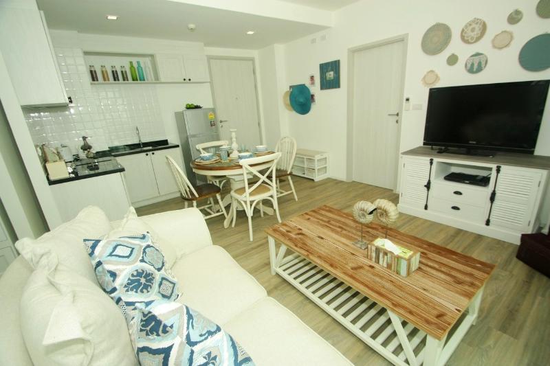 Resort-style Condo in Hua Hin, Summer - RFH000608 - Image 1 - Hua Hin - rentals