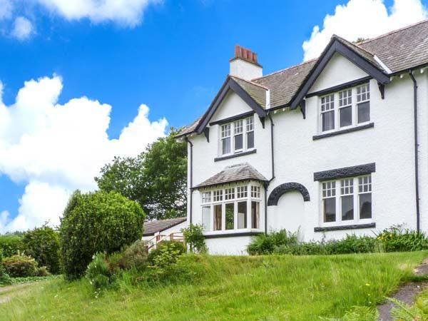 PEEL PLACE NODDLE, open fire, woodburning stove, WiFi, enclosed lawned garden - Image 1 - Holmrook - rentals
