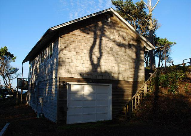 Ford House --R150 located in Waldport Oregon - Image 1 - Waldport - rentals