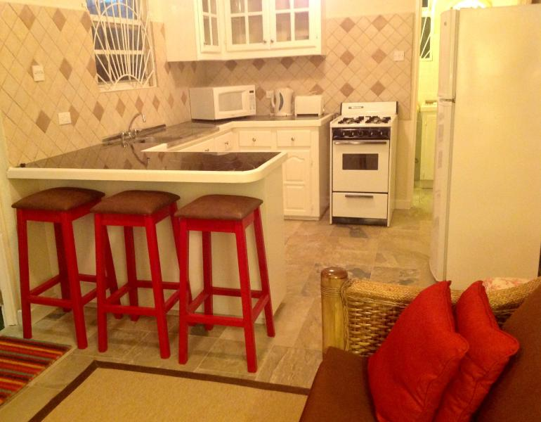 Kitchen with breakfast bar - Two Minutes From The Beach -  LITTLE GATES ( One B - Maxwell - rentals