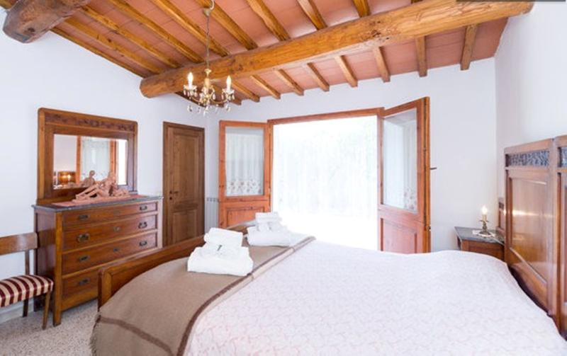 Bedroom - A suite in the sun of the green hills of the Chianti area - Greve in Chianti - rentals