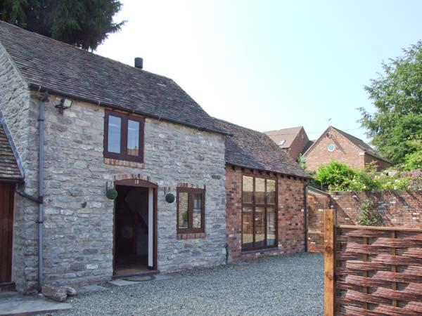 ROOSTERS, stone-built, detached, woodburner, off road parking, garden, in Much - Image 1 - Much Wenlock - rentals