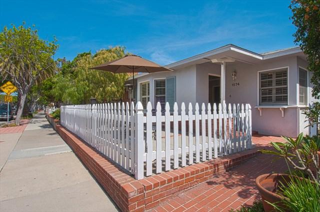 Patio - 1574 E. Ocean- 2 Bedrooms 2 Baths - Newport Beach - rentals