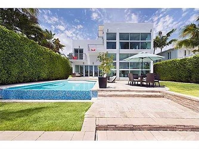 VILLA DINAMA - Image 1 - Miami Beach - rentals
