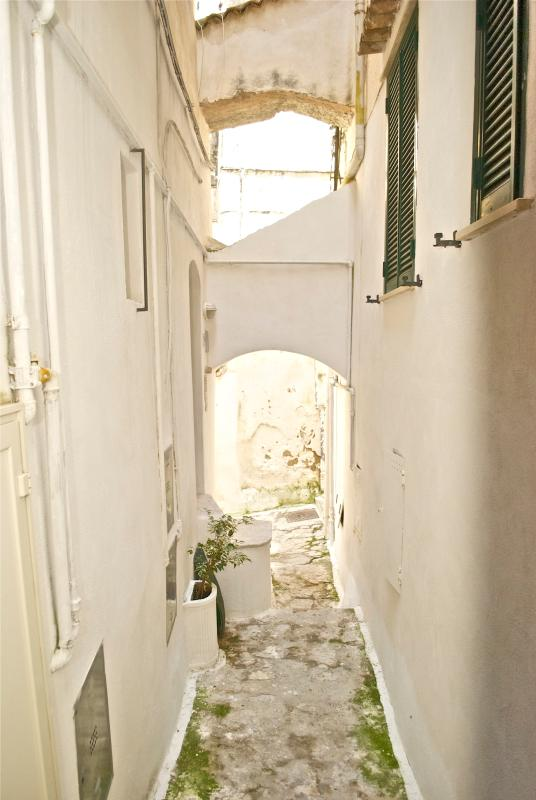 Street Entrance - Sperlonga Sea View House in Old Town - Sperlonga - rentals
