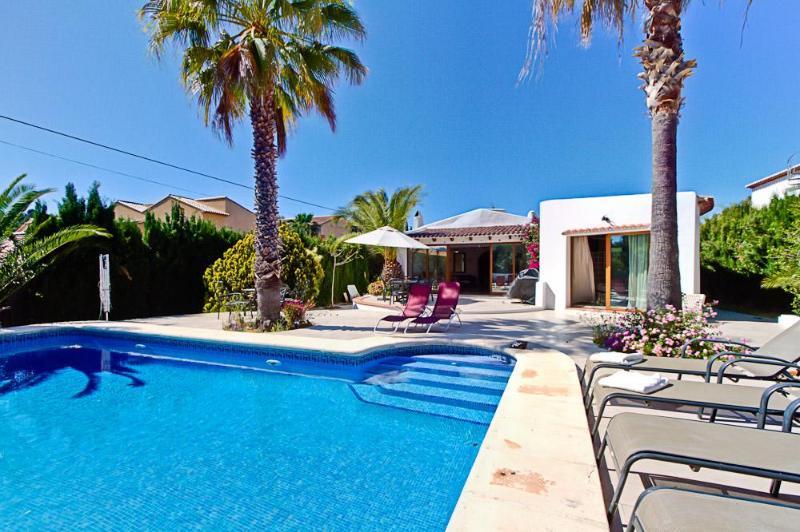 Villa Pinosol - Sleeps 8 - Image 1 - Javea - rentals