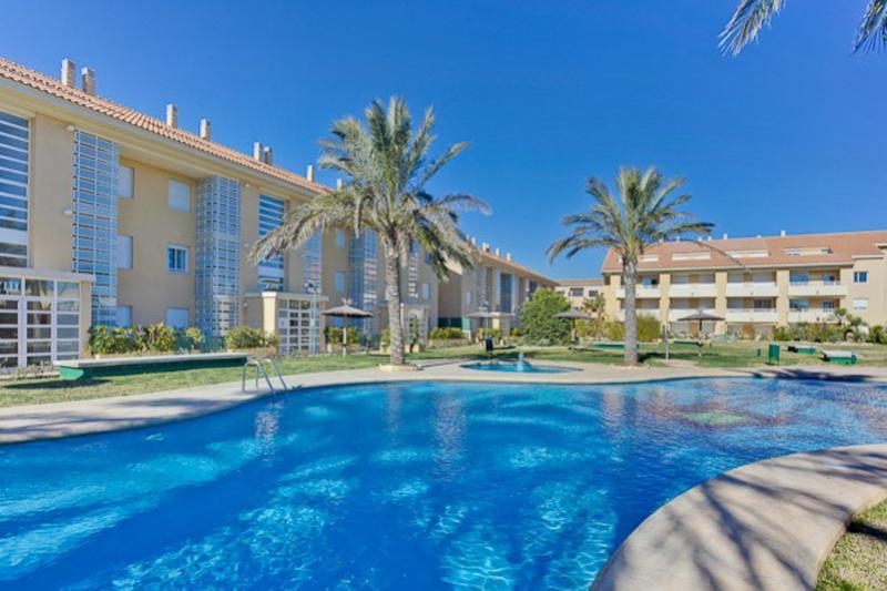 Apartment Golden Beach 2 B4 HC - Sleeps 5 - Image 1 - Javea - rentals