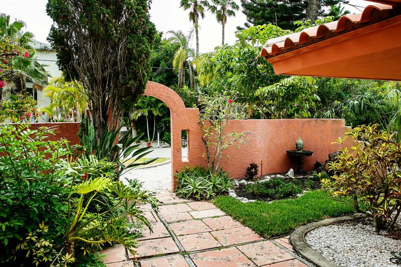 Buda and landscaping - Venetian Villa on Canal by beach - Longboat Key - rentals