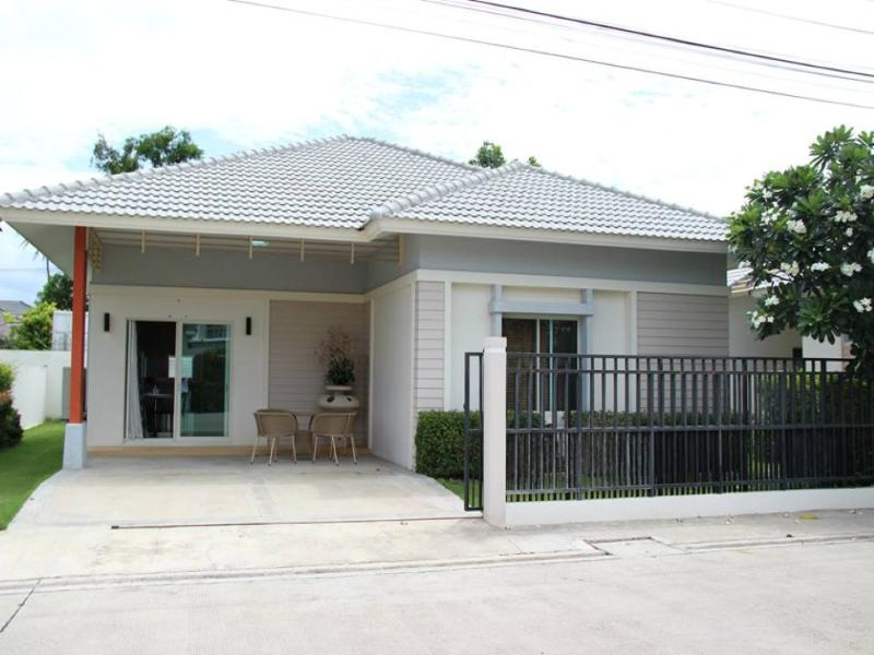 Villas for rent in Hua Hin: V6113 - Image 1 - Hua Hin - rentals
