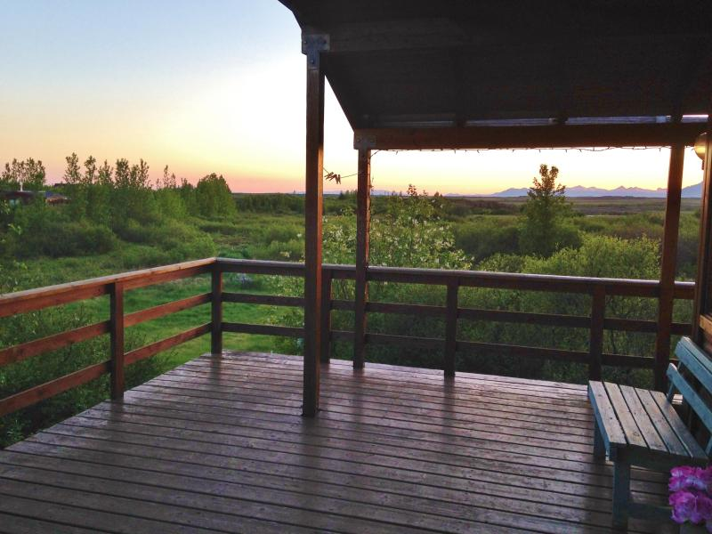 Beautiful mountain view to the North - Peaceful location, Beautiful and Cosy Cottage - Borgarnes - rentals