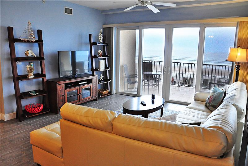 Oceanfront Living Room - Fall $pecials Sanibel Condominium #105 -Ocean Front - Daytona Beach - rentals