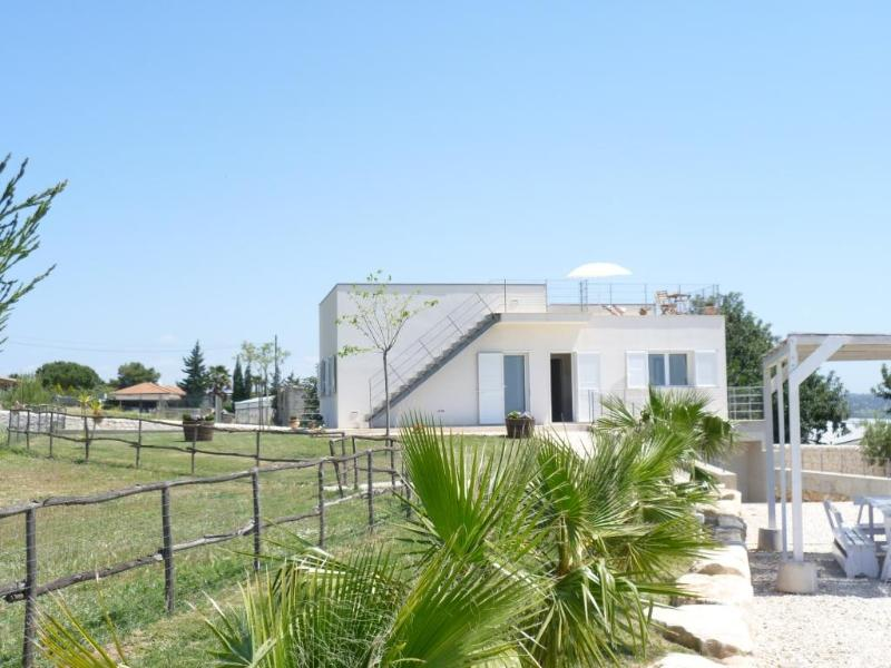 """Casa di Zefiro"" country vila with sea view - Image 1 - Marina di Ragusa - rentals"