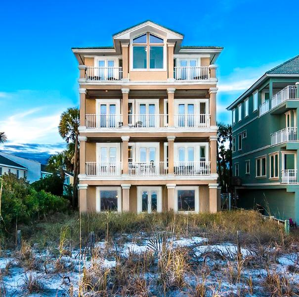 Beach House in Destin, FL 6BR 8B - Gated Community - Image 1 - Destin - rentals