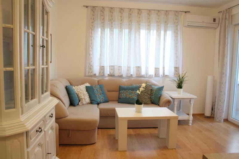 Apartment Klara (4) - Image 1 - Medulin - rentals