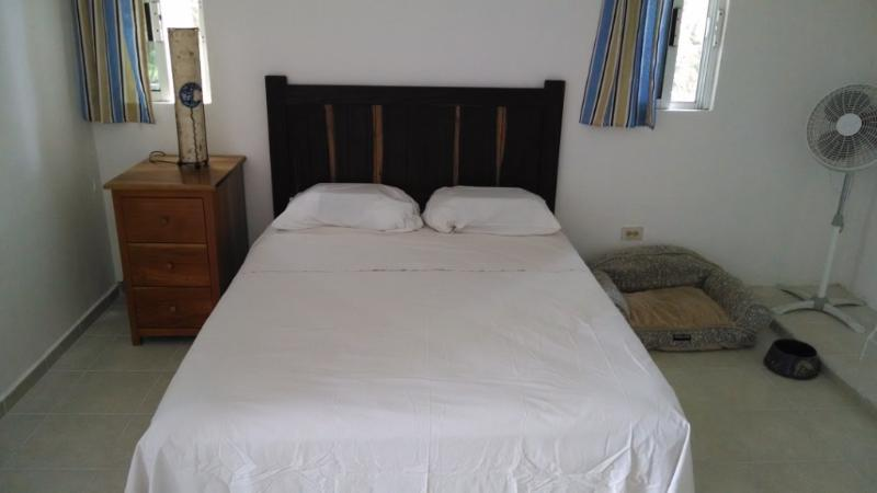 Sleeping room, queen size bed - Apartment #2, Economical and Pet Friendly - Puerto Morelos - rentals