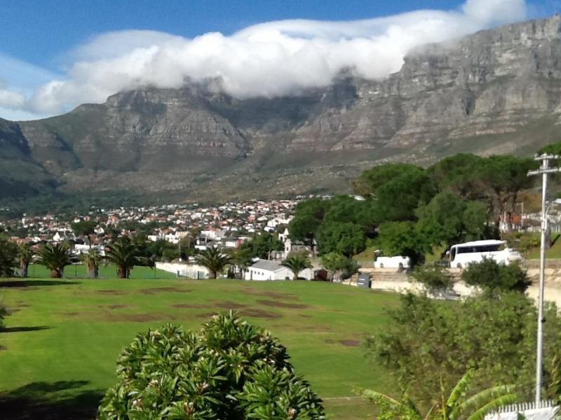 View from Deck - Table Mountain - Table Mountain View Cottage, Cape Town - Newlands West - rentals