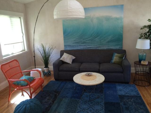 fresh and cozy living at our seacliff beach bungalow 3 short blocks to the beach trail - Charming Seacliff Beach Bungalow ~ Walk to Beach! - Aptos - rentals