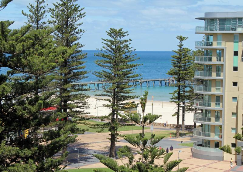 Beach Views Glenelg - Image 1 - Glenelg - rentals