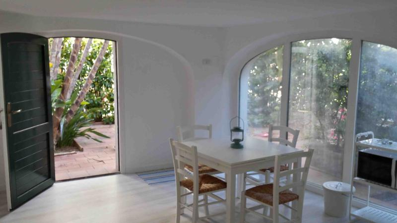 Dining room - Chalet in the center of Polignano a Mare - Polignano a Mare - rentals