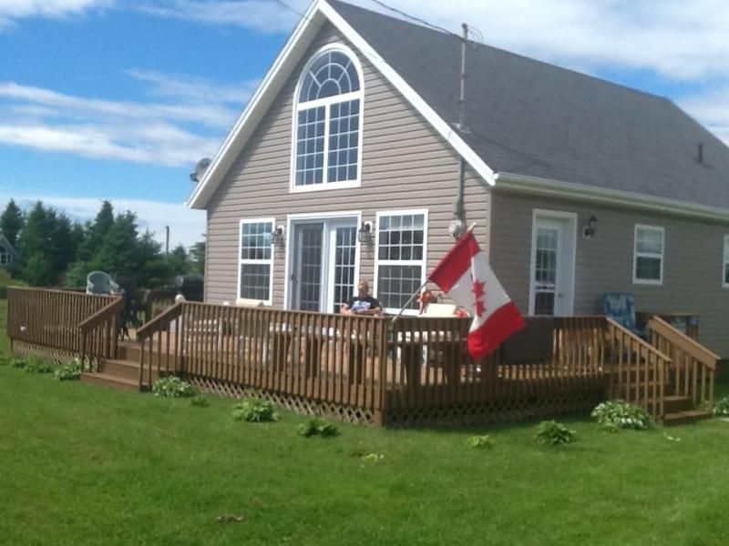 Cottage Front -Angle - Chelton Sleep and Beach Cottage - Bedeque - rentals
