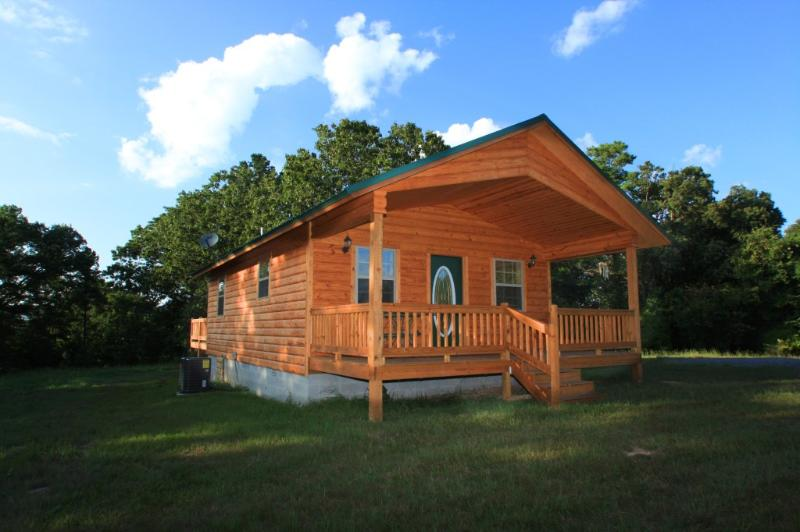 Front of the Hideaway - The Hideaway-Secluded luxury cabin with hot tub - Mena - rentals