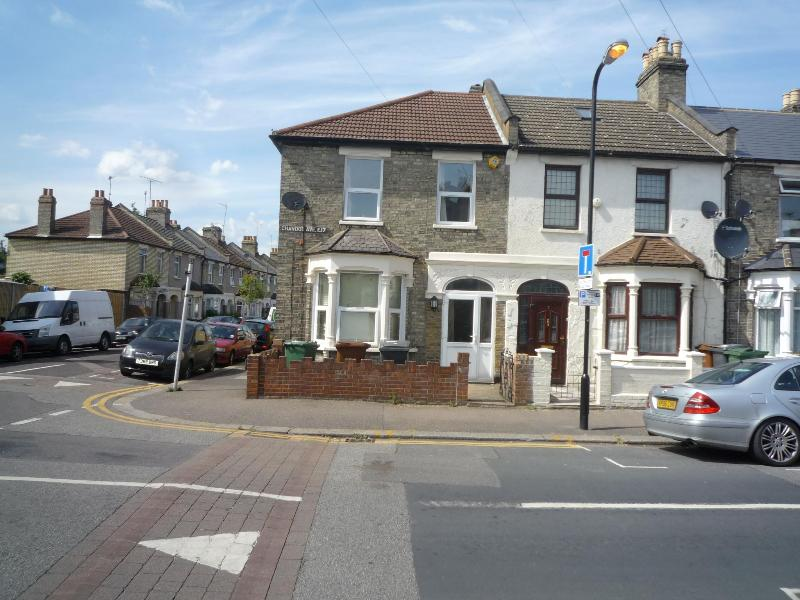Rental  house - 3 Bedroom house (H) 20 min. to  City centre   London - London - rentals