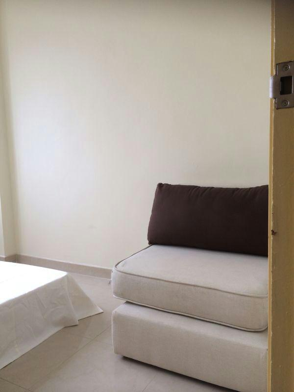Bedroom 1 double bed - Fabulous 2 Bedroom Apartment Near MTR in Hong Kong - Hong Kong - rentals