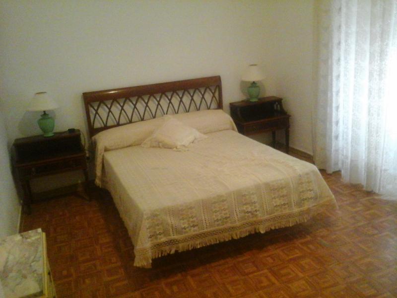 Teatro Cervantes 5 bedroom flat, historic centre - Image 1 - Malaga - rentals