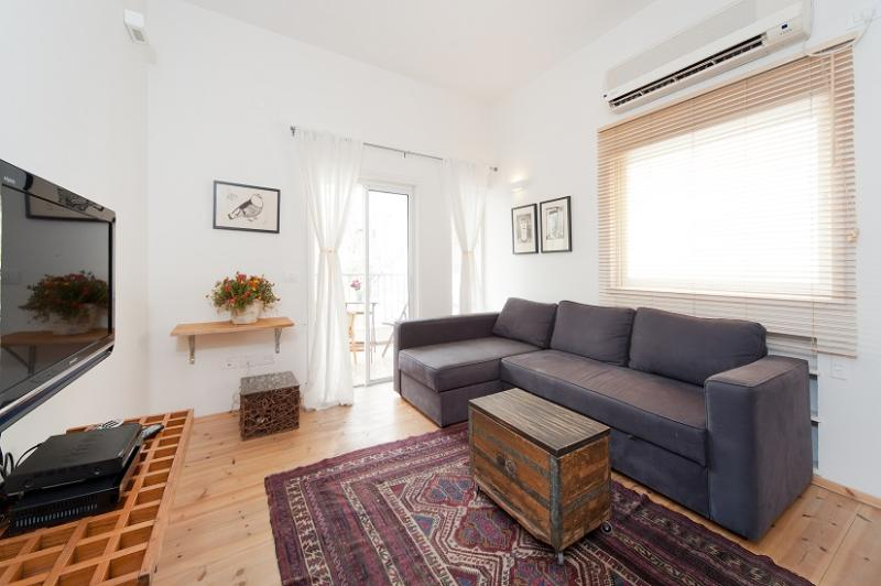 Gordon 83 Back - Sea N' Rent - Image 1 - Tel Aviv - rentals