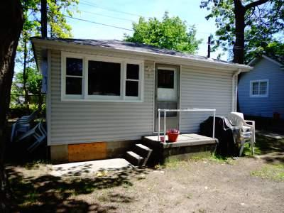 Cottage #2 - Biermans Cottage Company, Cottage #2, Medium 4 pp - Wasaga Beach - rentals