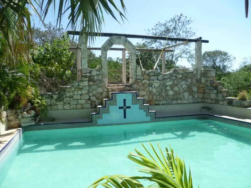 shared pool - CASA SISAL  to RELAX and EXPLORE Yucatans sights - Izamal - rentals