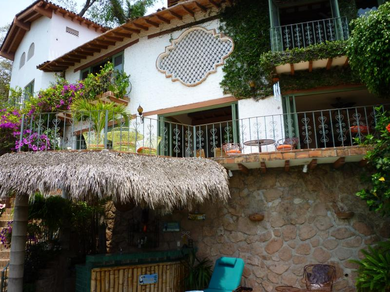Casa de la Hoja / Casita is the back ground - Casa de la Hoja:lovely Home: Private Pool:location - Puerto Vallarta - rentals