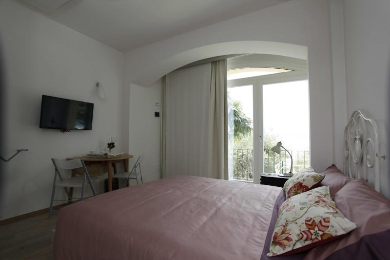 Vintage Room - B&B Casa Graziella Vintage Room - Torri del Benaco - rentals