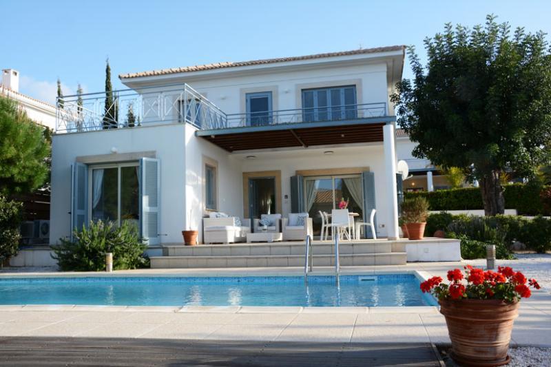 LFV3 Carob Tree villa - ISH - Image 1 - Latchi - rentals