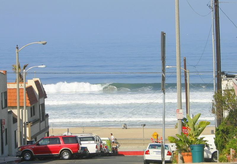 This is the view you see entering the unit. - Spacious Condo w/ BBQ, Steps to Beach and Town! - Manhattan Beach - rentals