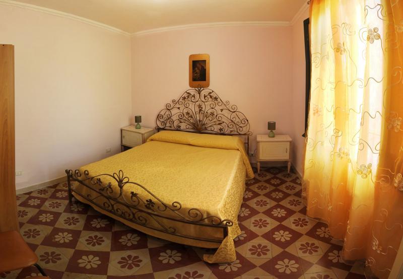 Centro Storico - Appartamento Angolo Antico - Image 1 - Trapani - rentals