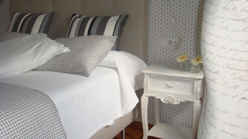 Bedroom - HISTORIC CENTER AURELIA ANTICA APARTMENTS - Santiago de Compostela - rentals