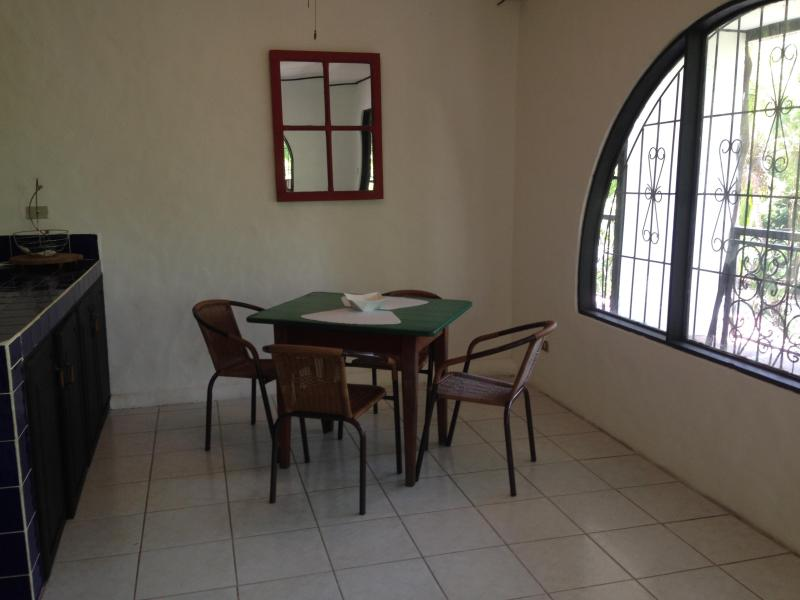 Dining area - La Buena Nota Apartment - Quepos - rentals