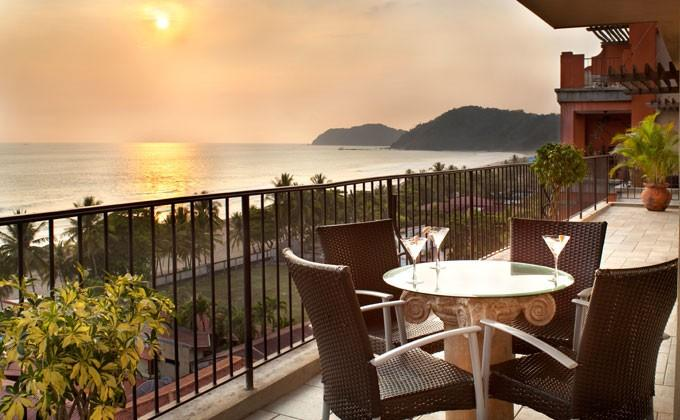 Sunset on the Balcony - Luxury Ocean Front Condo-Jaco Beach.  Best Value - Ciudad Colon - rentals